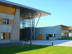 Entrée principale - Crédit BBC Architectes